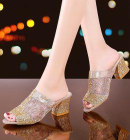 Sandal High Heels Terlaris Di Tahun Ini