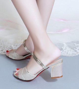 High Heels Solo