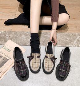 Sepatu Wanita Import Model Kotak-Kotak