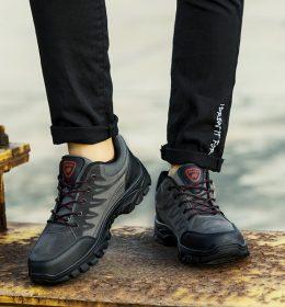 Sepatu Asli Import Untuk Olahraga Mendaki