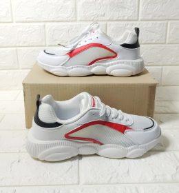 Sepatu Olahraga Branded Trend 2020