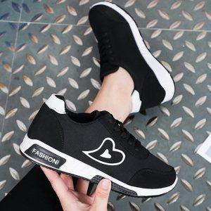 Sepatu Sneakers Wanita Import Termurah