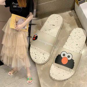 Cara Memilih Sandal Wanita Trendi