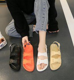Sepatu Sandal Kekinian Anti Air dan Anti Slip