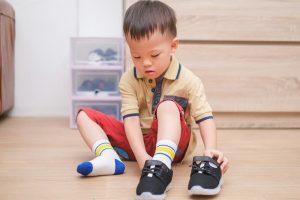 Pentingnya Memakai Sepatu Dikala BerolahragaPentingnya Memakai Sepatu Dikala Berolahraga