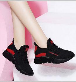 Sepatu Sneakers M Fashion Sport Wanita