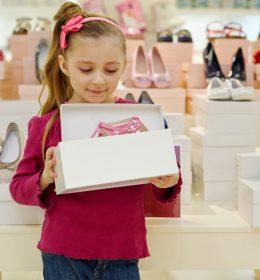 Tips Pilih Sepatu Anak
